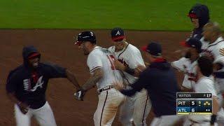 PIT@ATL: Adams smacks a walk-off single down the line