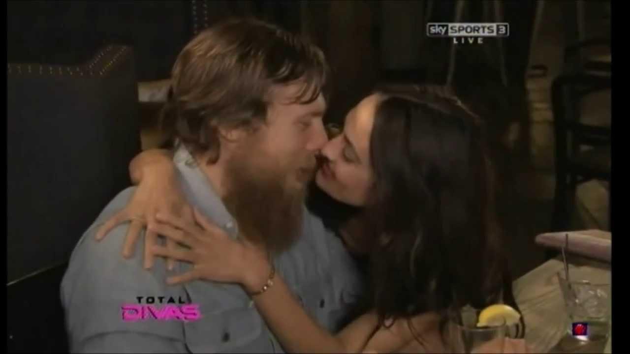 WWE Daniel Bryan and Brie Bella - YouTube