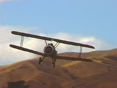 Sopwith Camel fighter with sideslip landing