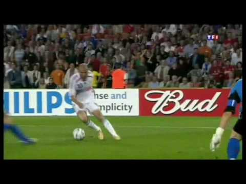 Zinedine Zidane Best Player Ever [HQ]