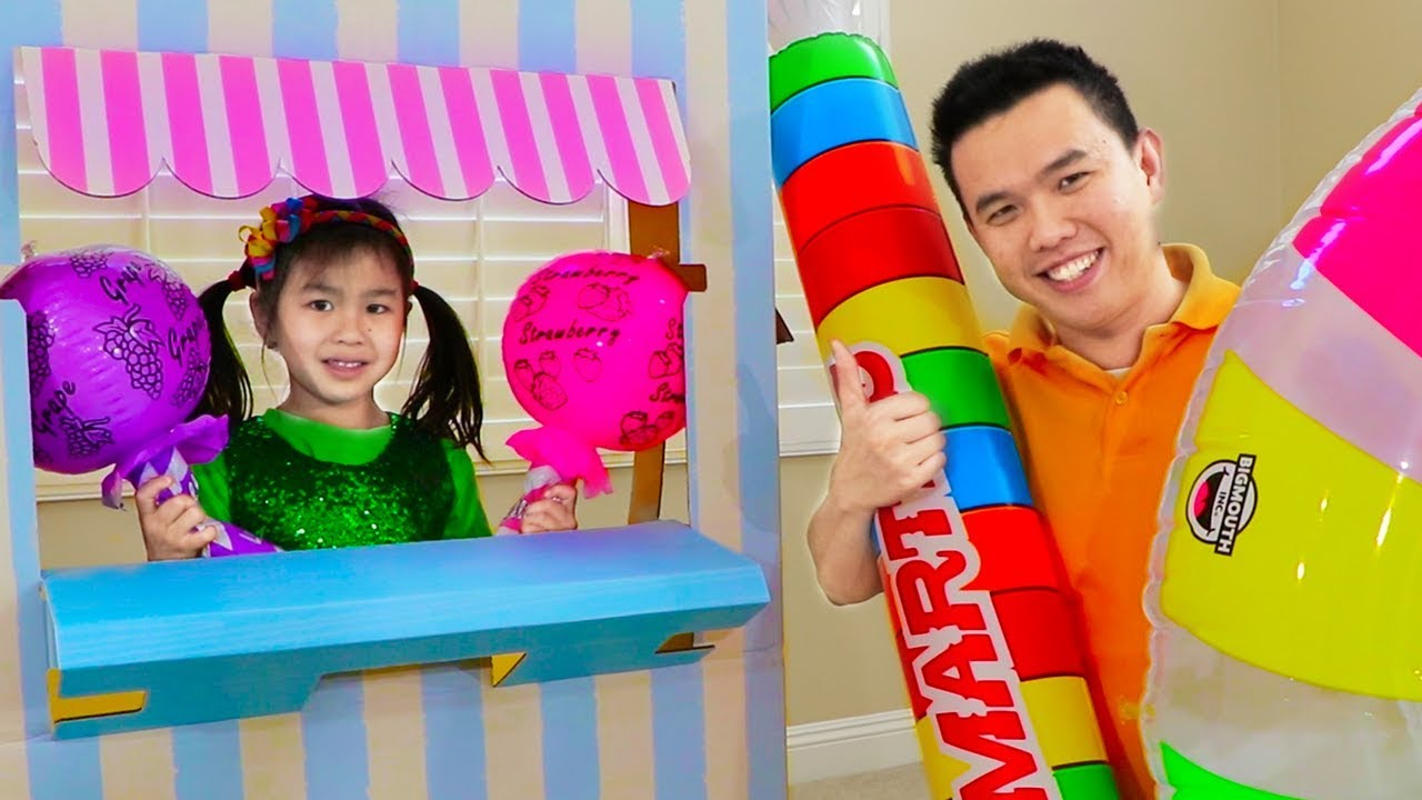 Jannie Pretend Play As Candy Maker At Candy Toy Store