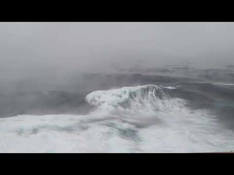 Dont watch this if your afraid of the sea NCL Bomb Cyclone