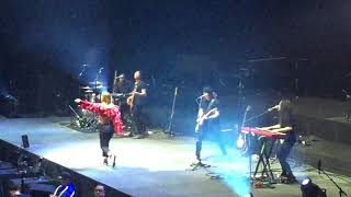 Download Lagu Julia Michaels Issues - Illuminate World Tour Rod Laver Arena, Melbourne Vic. 3/12/17 Mp3