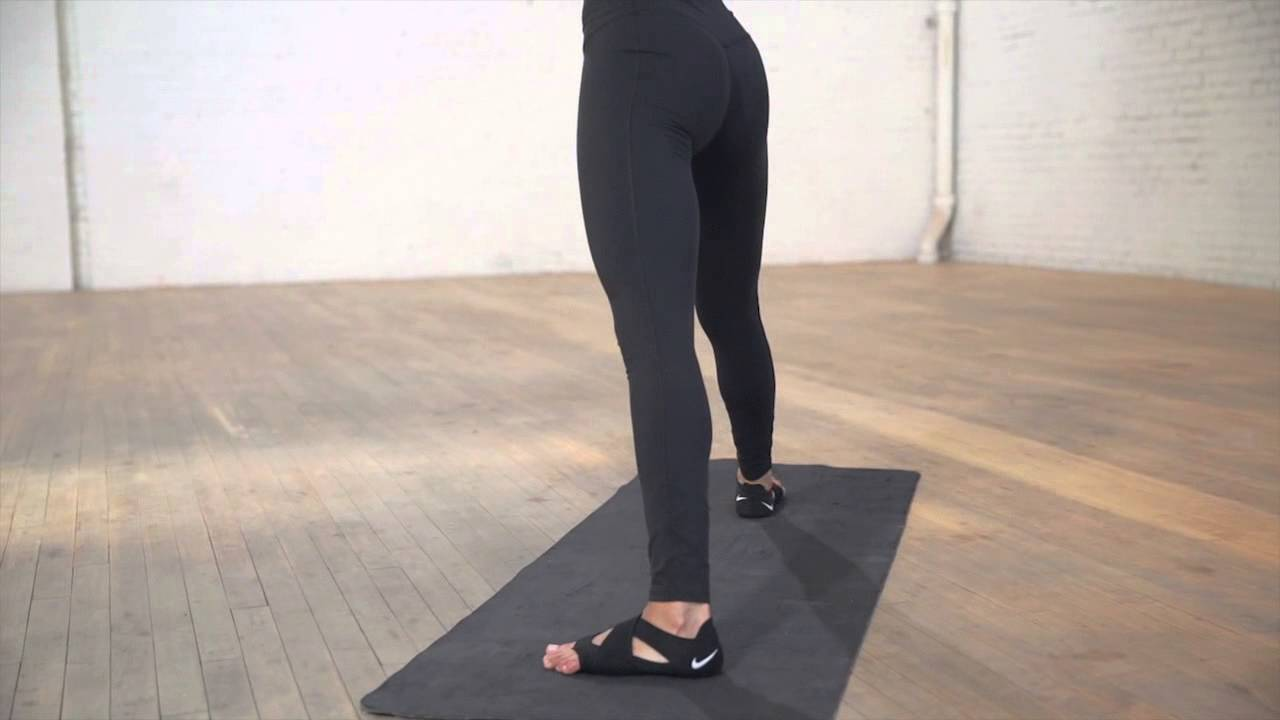 c00d2ab7c2ce1 548501-010 Nike Sculpt Womens Training - YouTube