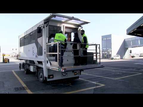 Autismo In Viaggio Attraverso L'aeroporto