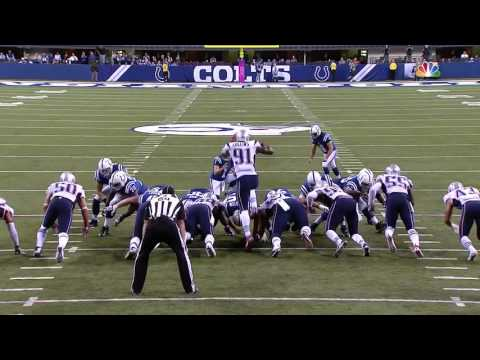 "Jamie Collins Pulls a ""Chancellor"", Leaps Over the Line to Block Kick 