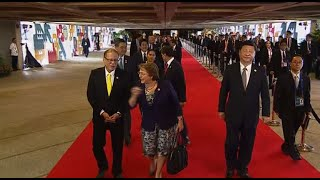 Leaders gather for 2-day Apec summit in Manila