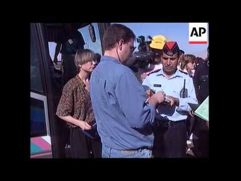 Israel/Jordan - Israli Tourists Cross Border