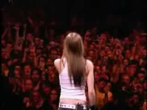 Avril Lavigne - Nobody's Fool Live In Buffalo 2003