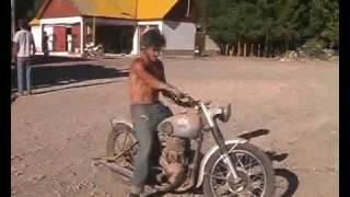 09 - Los Piyus de La Quiaca a Ushuaia en Motos Clasicas - Programa 2 / Bloque 4