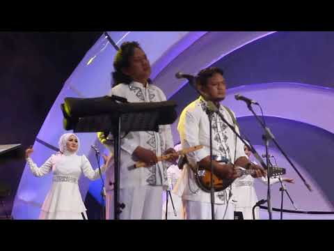 bulan bintang lagu rhoma irama konser indosiar di malang jawa timur