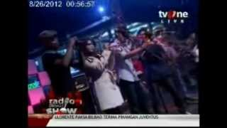Rocket Steady   Falling Down @Radioshow Tv One