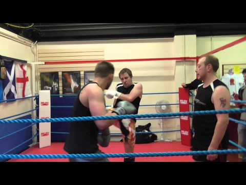 Ben Dufton vs John Furniss T-Do Kickboxing