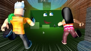 ROBLOX: MY MOTHER AND I IN: THE FIRST TO REACH THE GIANT WALL WINS!