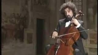 Bach - Cello Suite No.4 vi-Gigue