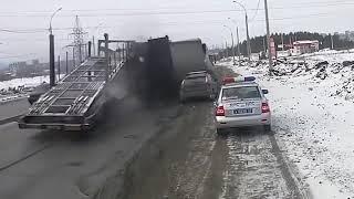 TRUCK CRASH COMPILATION DRIVING FAILS 2018