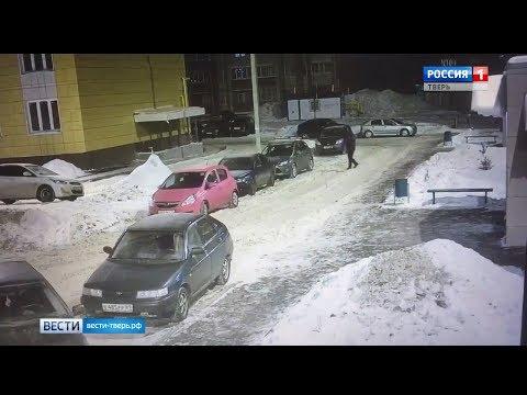 Смотреть В Твери орудуют банды автоугонщиков онлайн