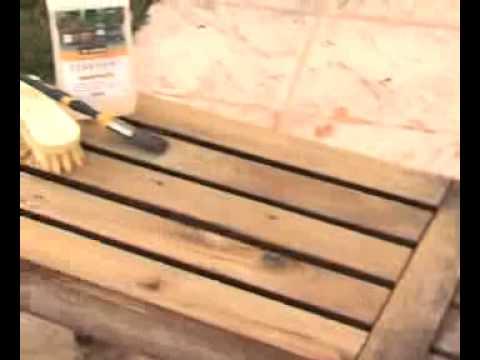 Comment dégriser mon mobilier de jardin en bois exotique ? - YouTube