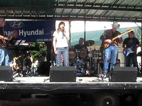 Bob Wood - Live in Gallatin w/ daughter Mitzi