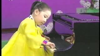 [Piano] 《김정일원수님께 드리고 싶어요》 (Chong Kyong Hye) {DPRK Music}