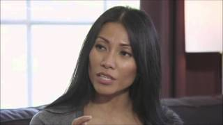 Anggun visiting a family that suffered from cancer for Televie thumbnail