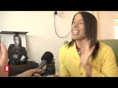 Brad Pitt & Angelina Jolie - Dieser Promi freut sich über die Trennung  - BUNTE TV