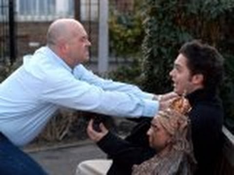 EastEnders 28th April 2006 - Grant Mitchell Vs. Deano Wicks