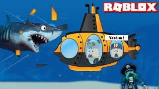 Canavarın Ele Geçirdiği Deniz Altına Bindik!! - Panda ile Roblox Submarine