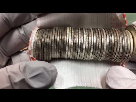 Silver Sunday! I bought a ROLL OF MIXED YEAR SILVER QUARTERS from APMEX!!!! WHAT DID I FIND!