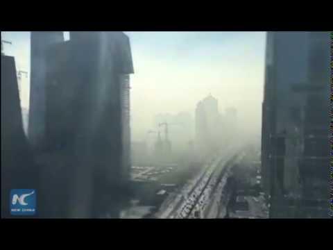 video muestra como una nube toxica engulle pekin en minutos