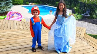 Zack and Heidi Dress Up Superheroes with Help from Mom!
