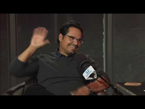"""Michael Peña Talks """"Narcos: Mexico,"""" Tiger Woods & More w/Rich Eisen 