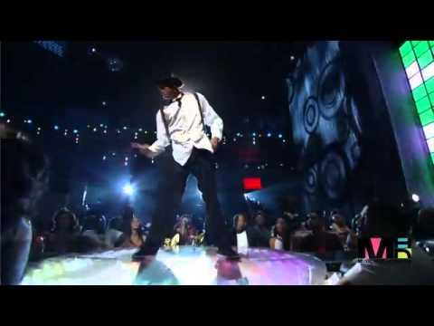 Chris Brown Ft. Rihanna - Live - Wall To Wall _ Umbrella HD