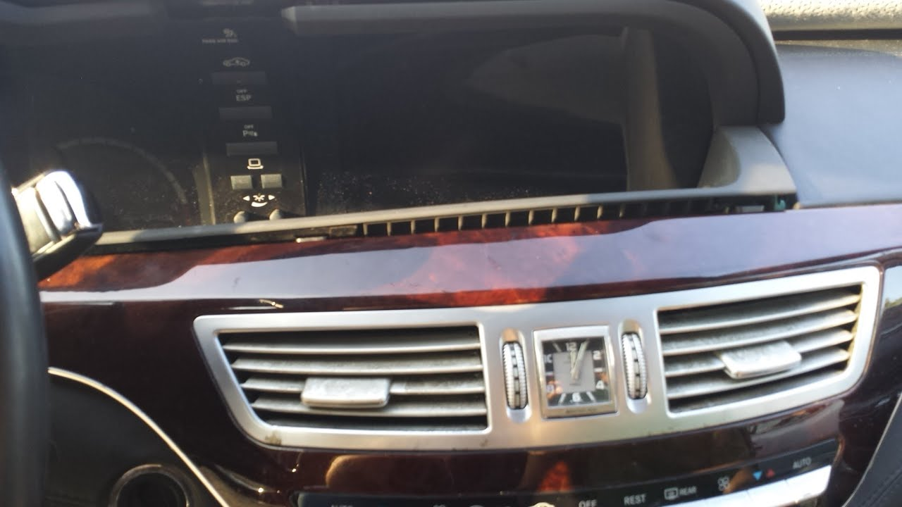 How To Remove Navigation Display Amp Cluster From Mercedes