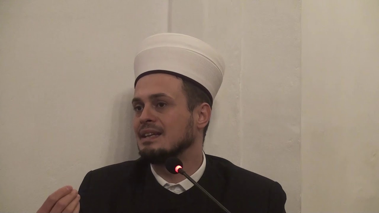 HALKA HADISA - BULUGUL MERAM - (hadis 1- 3) hfz. Irfan ef. Malić (25.01.2020.) MyTub