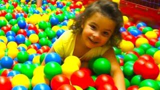 Indoor Playground Fun Play Rocker Conveyor Ballpit Challenge