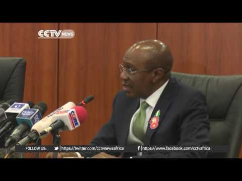 Nigeria's Central Bank Governor approves crackdown on currency dealers