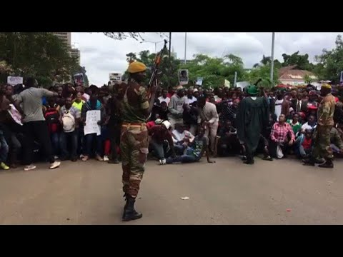 AFP news agency: Zimbabweans call for Mugabe to quit