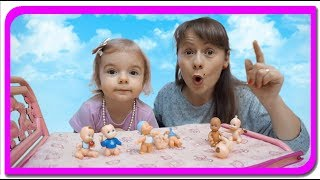 Cati bebelusi are Anabella Show