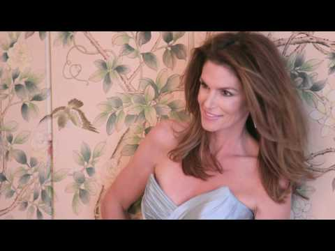 Cindy Crawford's Top Beauty Secrets | Behind the Cover