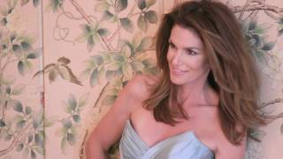 Cindy Crawfords Top Beauty Secrets | Behind the Cover