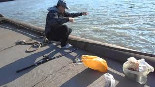 Как мы на рыбалку ходили на Азовском море(Как мы ходили на Азовском море рыбу ловить с моими друзьями с Киева., 2016-05-04T18:17:41.000Z)