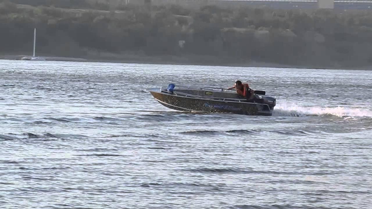 Удачно купить водный транспорт вам поможет olx. Ua чернигов!. Продам комплект для рыбалки лодка,мотор,прицеп. Продам лодку