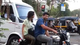 Aashiqui 2 hero & heroine on bike in mumbai road