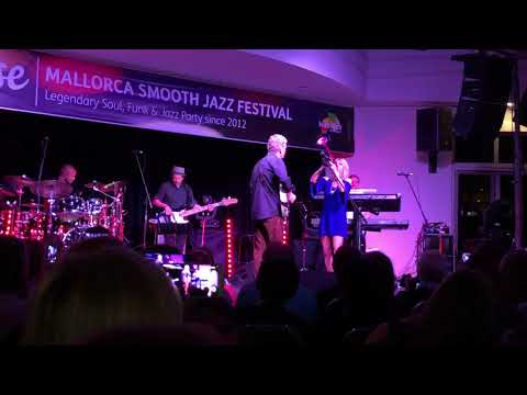 """Chris Standring & Cindy Bradley - """"Category A"""" 7th Mallorca Smooth Jazz Festival"""