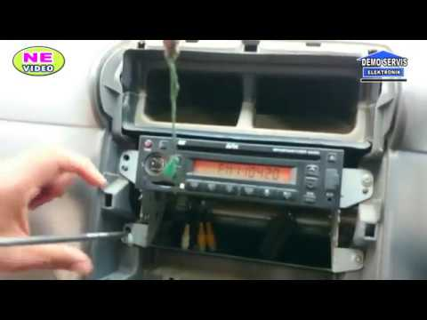cara buka/Pasang DVD di mobil Toyota AVANZA& xenia( video ke-29)