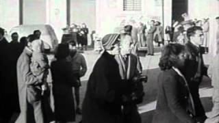 Primavalle - frammento del film Europa '51 a Largo Federico Borromeo (1)