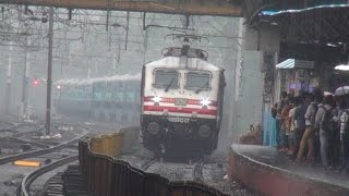 Deccan Queen & Flying Ranee (Legendary Superfast Trains of Indian Railways) Coverage at Dadar