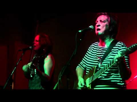 """The Raincoats - """"Fairytale at the Supermarket"""" live at MOCAD"""