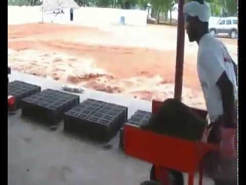 how to make a concrete block making machine